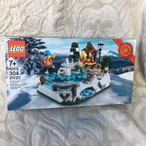 LEGO Limited Edition 304 pieces  Ice Skating. NEW